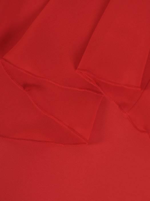Wizytowa sukienka z modnie wyciętymi ramionami 27440