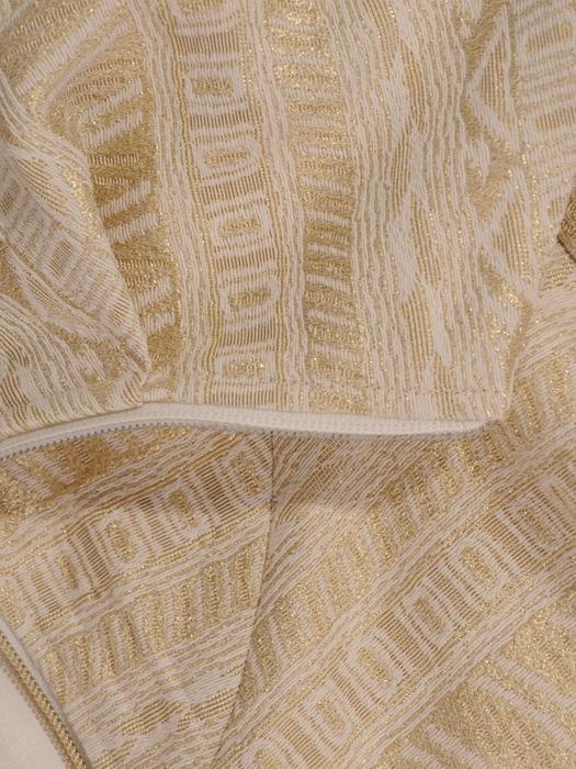 Złoty płaszcz z suwakiem 20714.