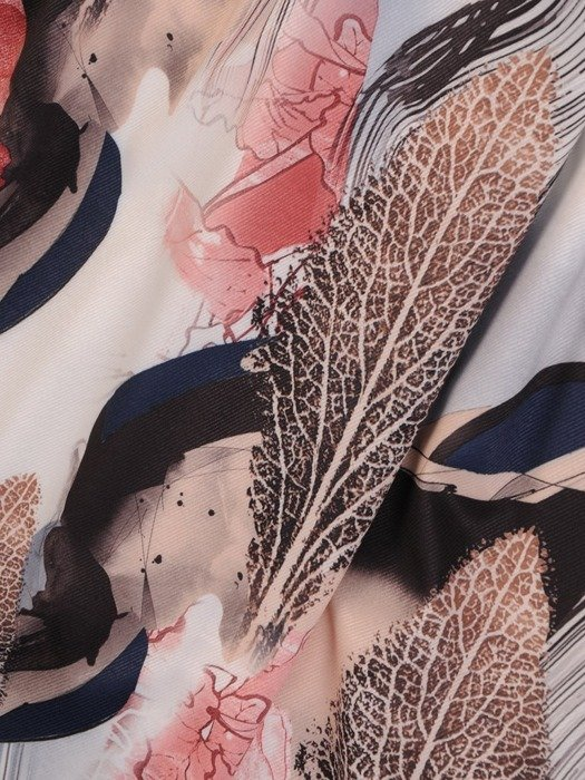 Zwiewna sukienka z falbankami przy rękawach 25386