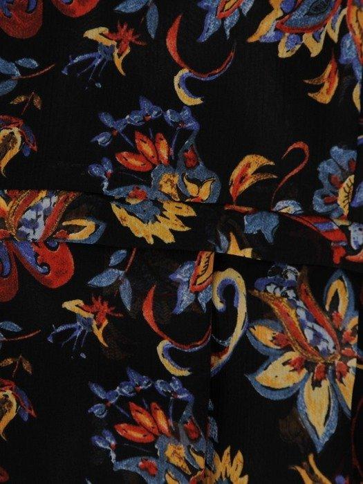 Zwiewna sukienka z falbankami przy rękawach 25485