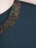 Nowoczesna sukienka z szerokimi, połyskującymi lamówkami 31190