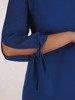 Sukienka damska, chabrowa kreacja z oryginalnymi rękawami 26134