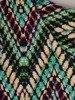 Sukienka w geometryczny wzór, prosty fason z dekoltem w serek 25711